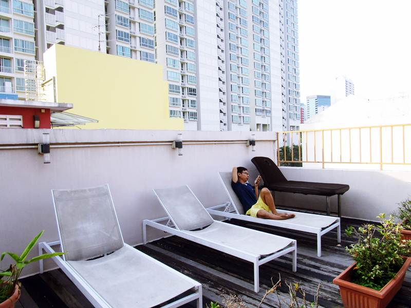 rooftop di Mercury Backpacker Hostel Singapore