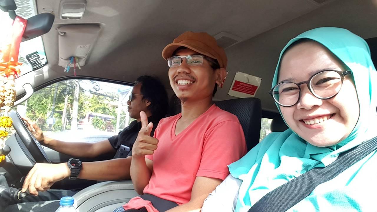 Di Van Menuju ke Dermaga Phi Phi Island